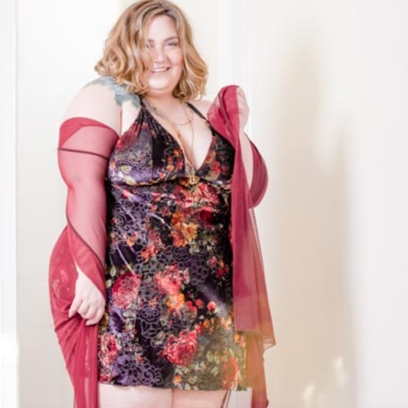 bf576c7ed63fd Impish Lee Intimates & Sleepwear | Plus Size Custom Slip In Velvet ...